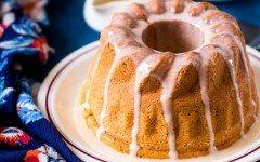 tea-cake-with-vanilla-icing-635x952