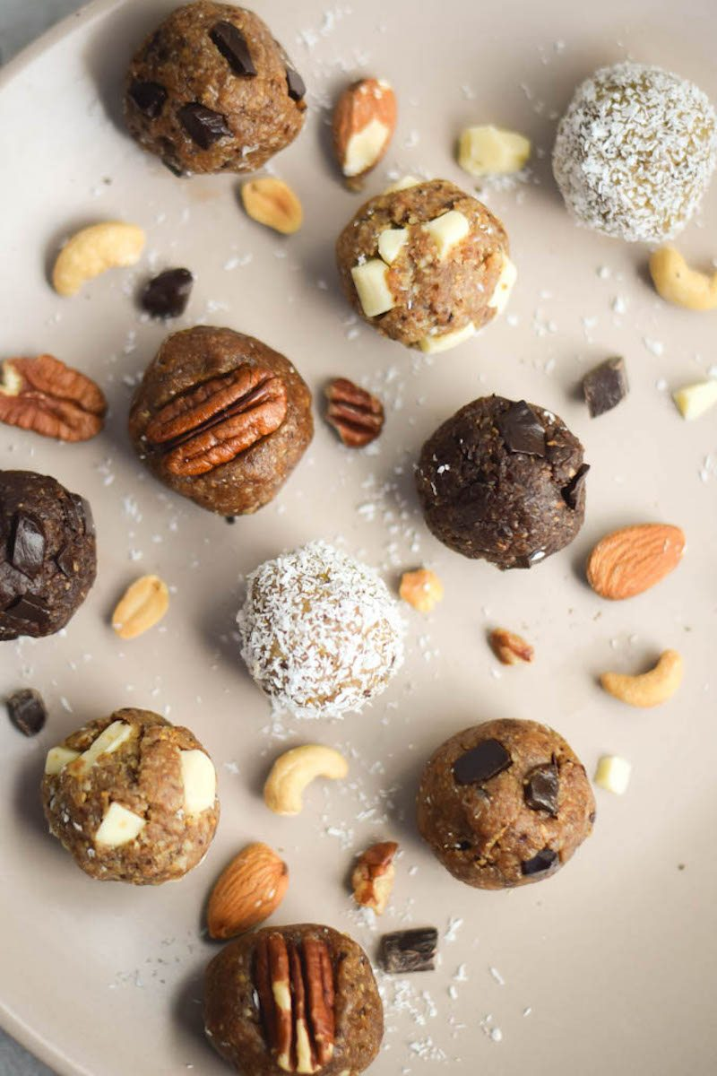 5-Ingredient-Raw-Energy-Bites-5-Ways-How-to-Make-Healthy-Cookie-Dough.-1