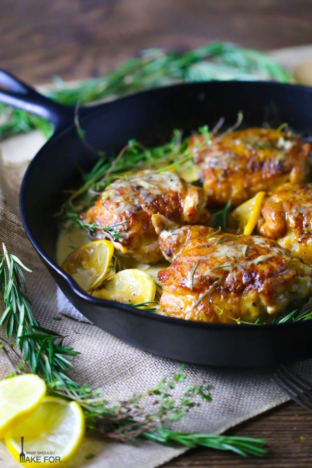Creamy Lemon and Herb Chicken Thighs