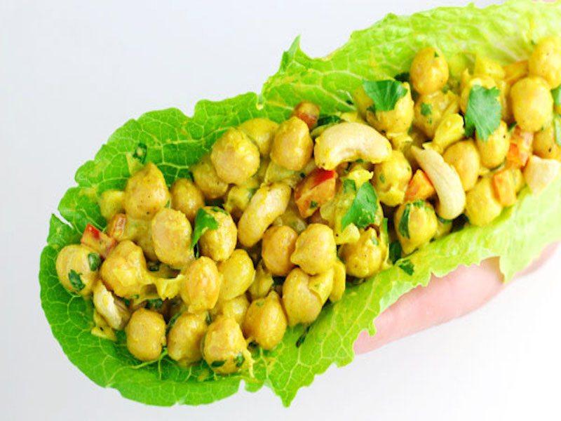 Healthy-Curry-Chickpea-Lettuce-Wraps-4