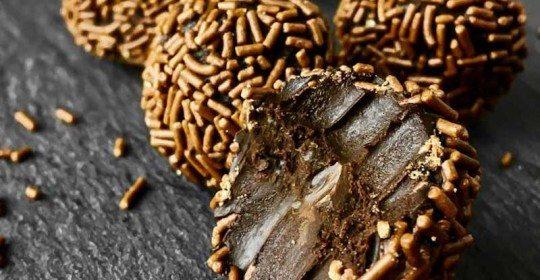 Raw-Vegan-Chocolate_Truffles_663px-4