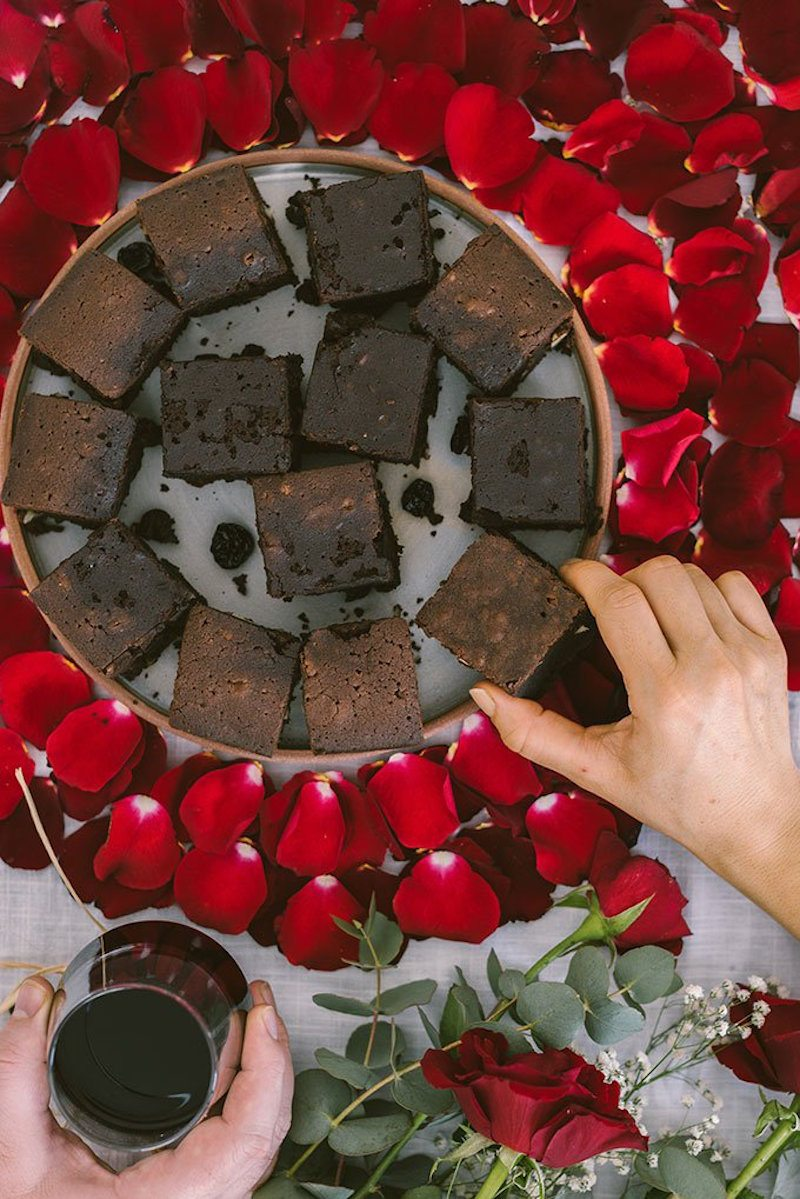 Red-Wine-Chocolate-Brownes-photography