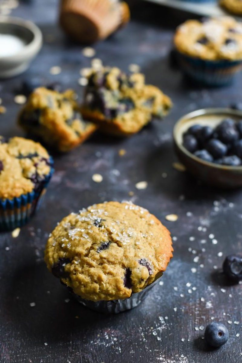 blueberry-oatmeal-muffins-2-625x938