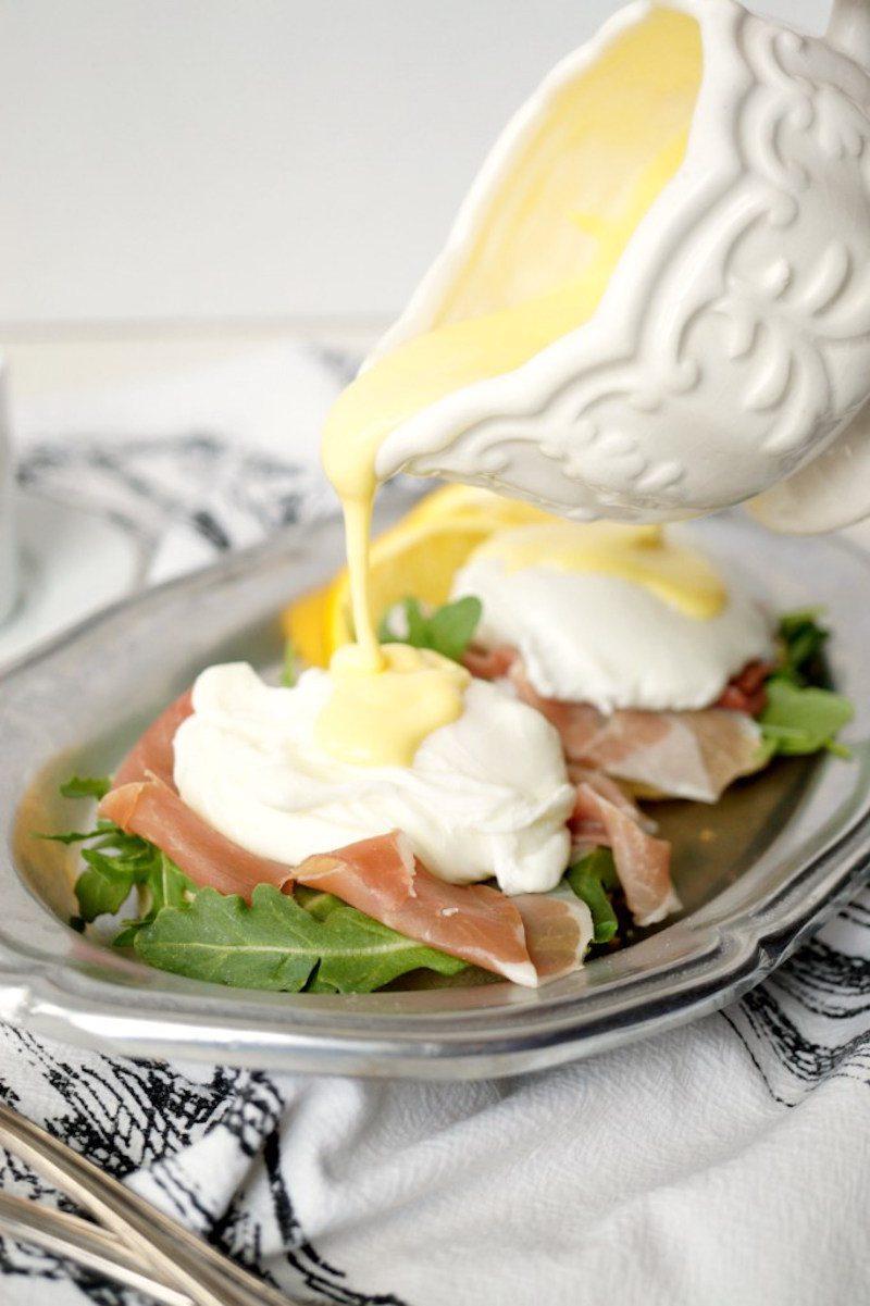 prosciutto_eggs_benedict01