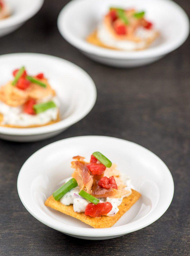 smoked-salmon-bites-with-horseradish-dill-sauce-inspiration-kitchen-3-668x900