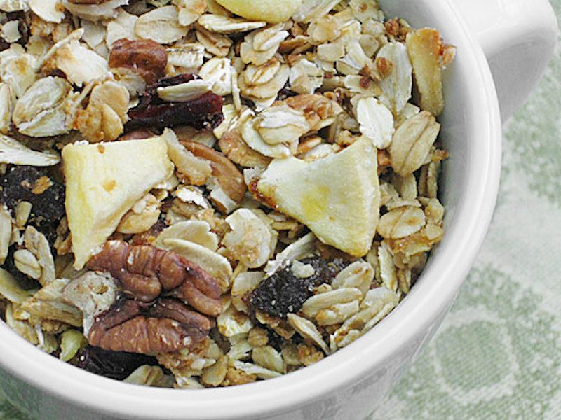 winter-fruit-granola