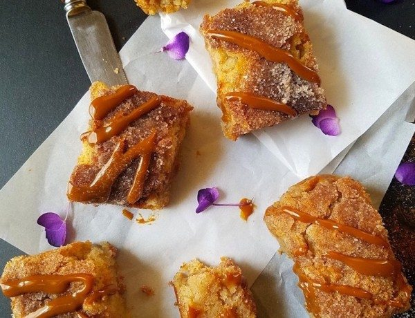 Dulce-de-Leche-Churro-Blondies-Easy-and-Delish.-Com