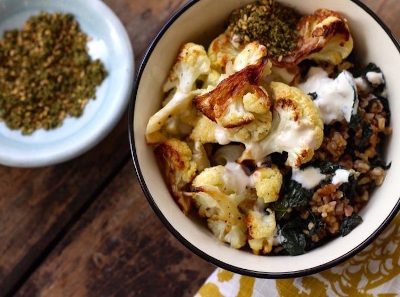 Freekeh+&+Roasted+Cauliflower+Bowl+with+Kale+and+Walnuts