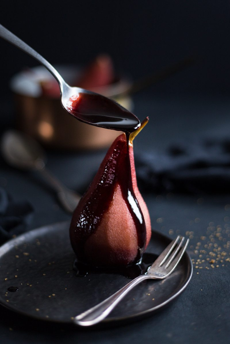 Poached_pear_in_porto_wine_and_spices-4