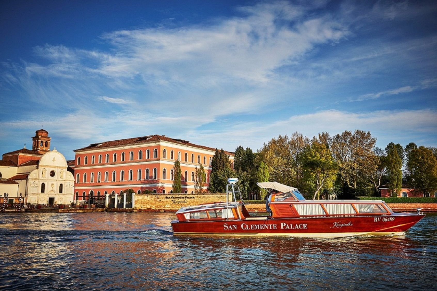 San Clemente Palace Kempinski_San Clemente Church and Acquerello Terrace_complimentary boat from to St Mark's Square