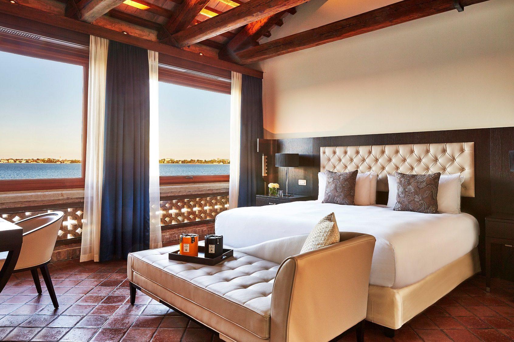 San Clemente Palace Kempinski_San Clemente Suite-bedroom