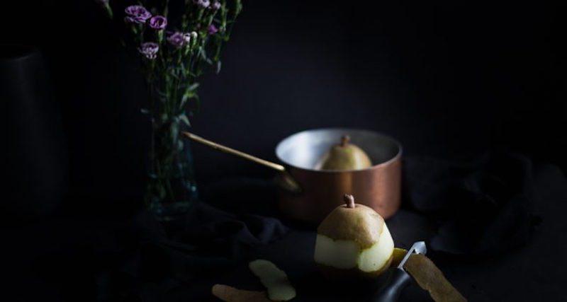 Still_life_peeling_pear-750x400
