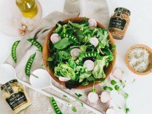 easy+mustard+vinaigrette+spring+salad