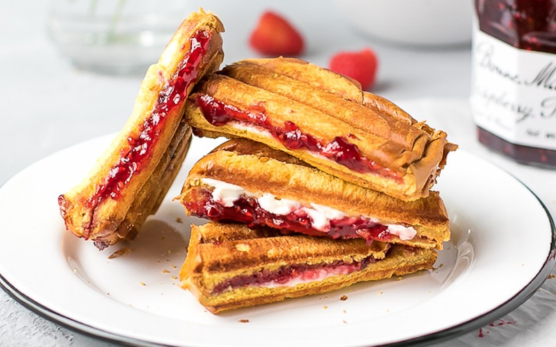 Bonne-Maman-Raspberry-Panini-1-11 copy