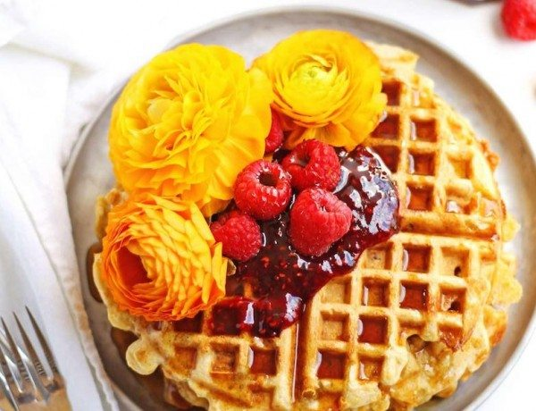 Cheesy-green-chile-cornbread-waffles-with-raspberry-preserves-web1