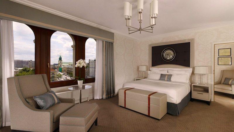 Sophisticated suites at Hotel Bristol