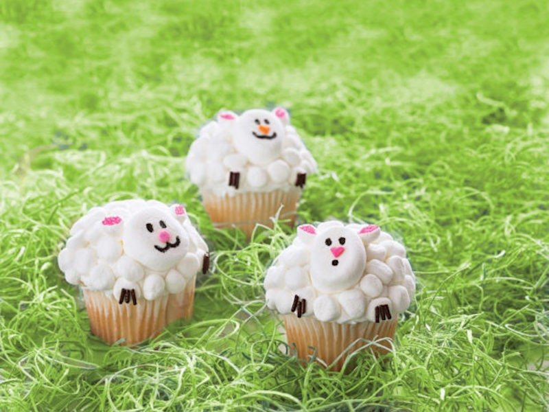 Lamb-Cupcakes_RRD_ee-620x526
