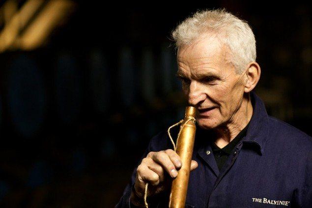 The Balvenie Coppersmith Dennis McBain 'dipping the dog' (1)