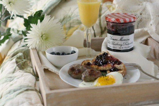 Wild Blueberry and Thyme Breakfast Sausage