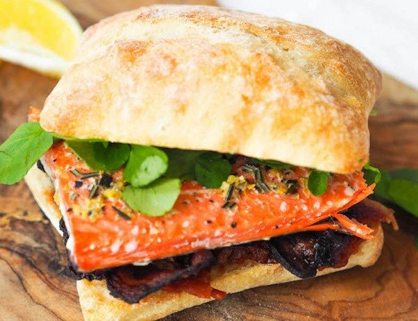 salmon-blt-sandwich