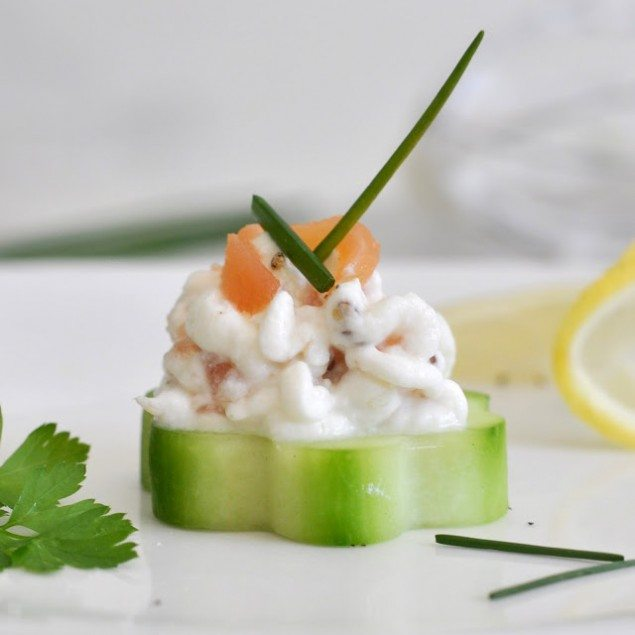 National Pinot Grigio Day: Smoked Salmon Cucumber Bites