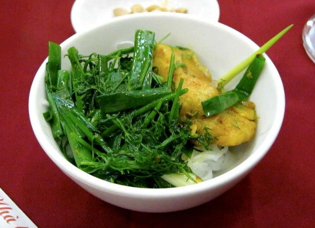 10 Must-Try Vietnamese Foods in Hanoi