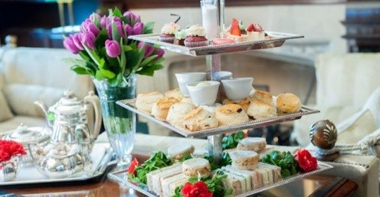 MS_Lounge_AfternoonTea-635x422