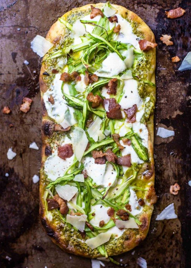 Pesto-Flatbread-with-Shaved-Asparagus-and-Bacon-4