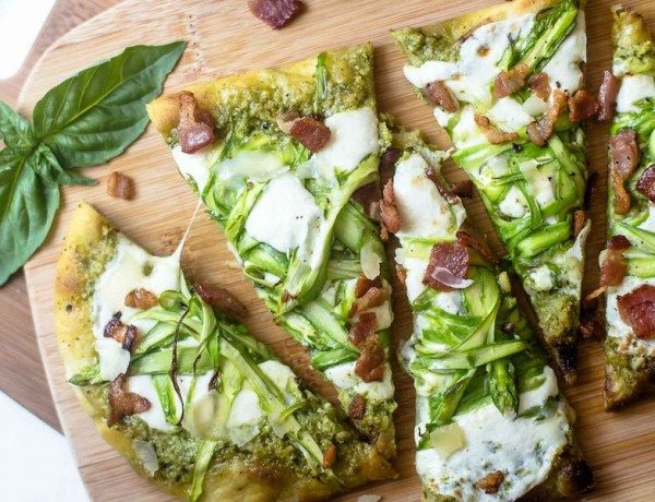 Pesto-Flatbread-with-Shaved-Asparagus-and-Bacon-7