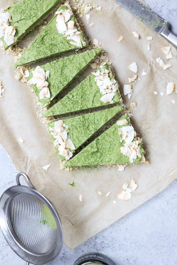 Vegan: No-Bake Matcha Coconut Cream Pie