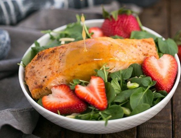 Salmon-Watercress-Salad-with-Strawberry-Vinaigrette-7