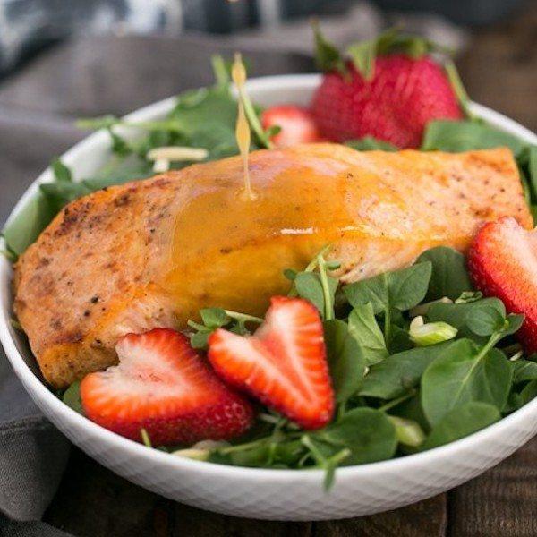 Salmon-Watercress-Salad-with-Strawberry-Vinaigrette-7