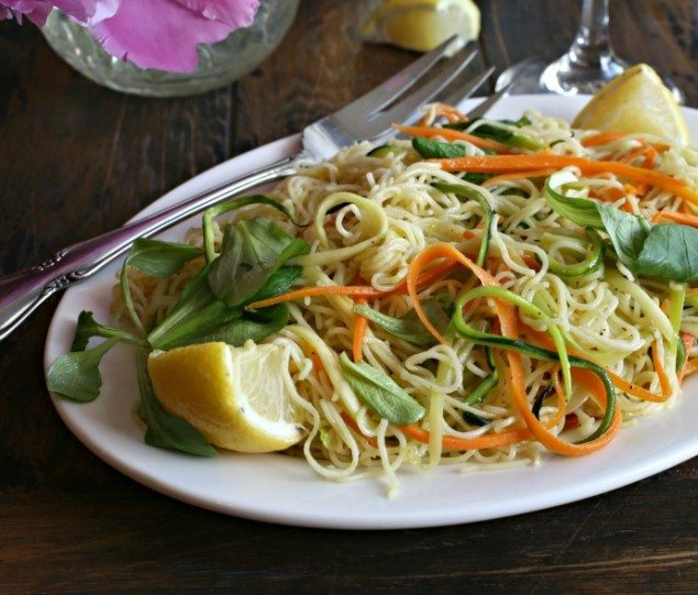 National Pinot Grigio Day: Lemon Angel Hair Pasta with Carrots and Zucchini