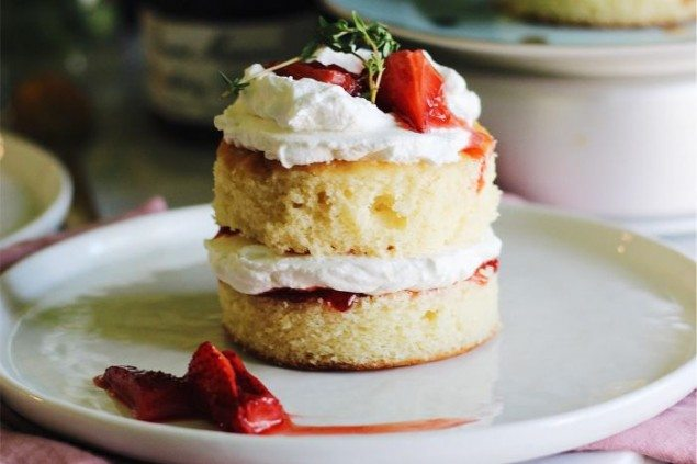 Mini Strawberry Lemon Cakes