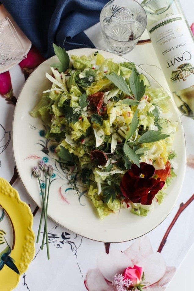 National Pinot Grigio Day: Herb and White Bean Greens Salad with Honey-Shallot Dressing