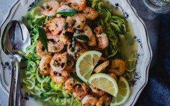 curry-leaf-garlic-shrimp-zoodles-06