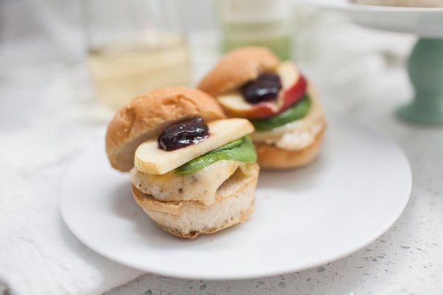 National Pinot Grigio Day: Berry Brie Chicken Sliders