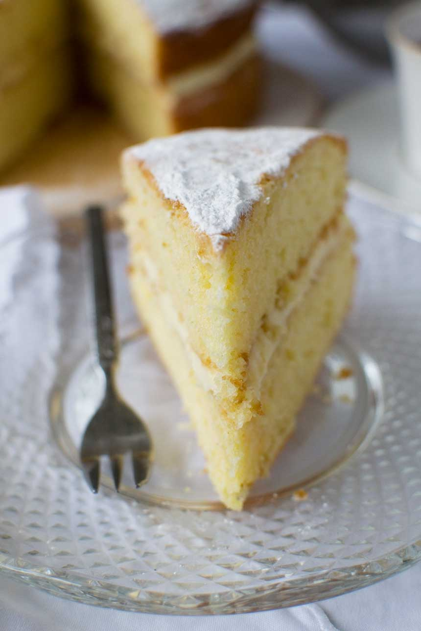 Lemon Mascarpone Cake