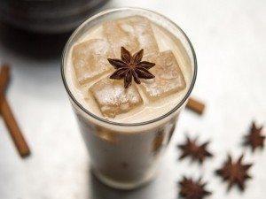 iced-golden-chai-hi-res-011.-Photo-credit-Daniel-Krieger-1-635x635