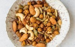 spicy-roasted-chickpea-snack-mix-5