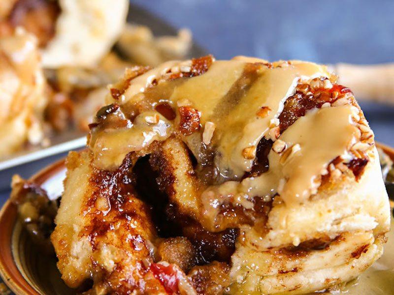 Bacon-Caramel-Sticky-Buns