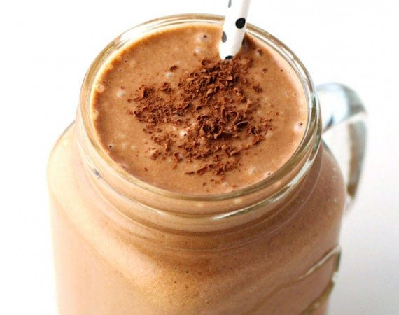 Healthy-Chocolate-Peanut-Butter-Smoothie-2
