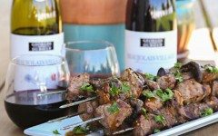 Mushroom-Beef-Kabobs-with-wine