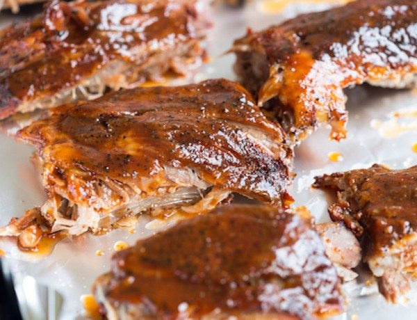 Slow-Cooker-Honey-Bourbon-Glazed-Spare-Ribs-3