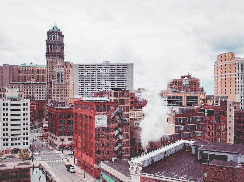 Kar's: Detroit's Original Nuts
