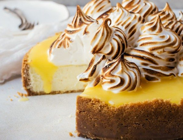 lemon-meringue-cheesecake-recipe-image-1