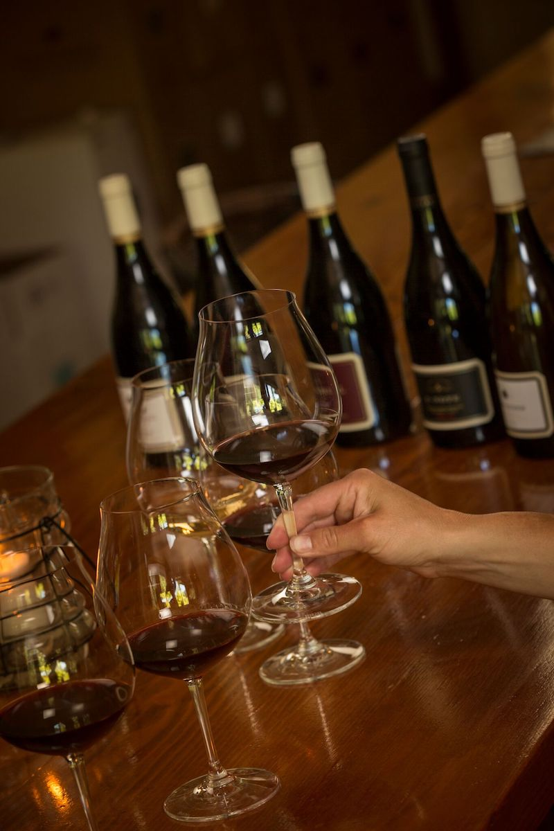 A Five-Course Wine Tasting: The Pinot Noir Crescendo
