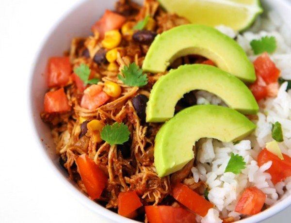 Slow-Cooker-Chicken-Burrito-Bowls-5
