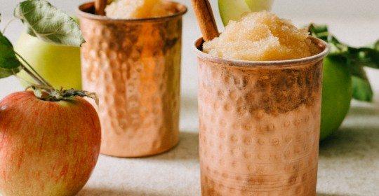 Frozen+Apple+Cider+Slushee+Cocktail