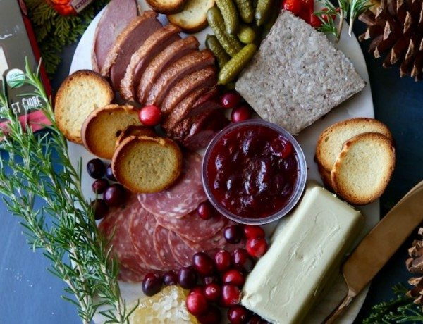 Holiday-Charcuterie-Board-6